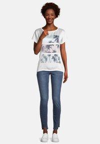 Cartoon - Print T-shirt - weiß rosa - 1