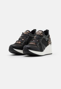 XTI - Trainers - black - 2
