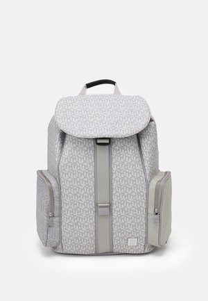 ELEVATED MONOGRAM FLAP BACKPACK - Ryggsäck - light grey/off-white