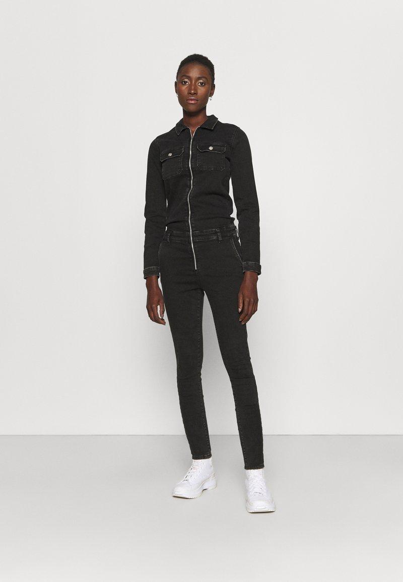 ONLY Tall - ONLINC CALLI ZIP  - Jumpsuit - black denim