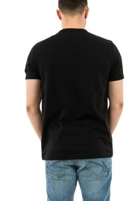 Fred Perry - T-shirt med print - noir - 2