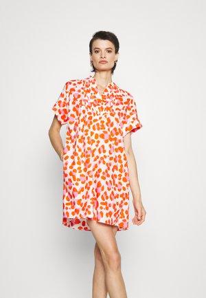 FIONA DRESS - Day dress - tomato red