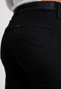 Lee - SCARLETT CROPPED - Jeansy Skinny Fit - black rinse - 4