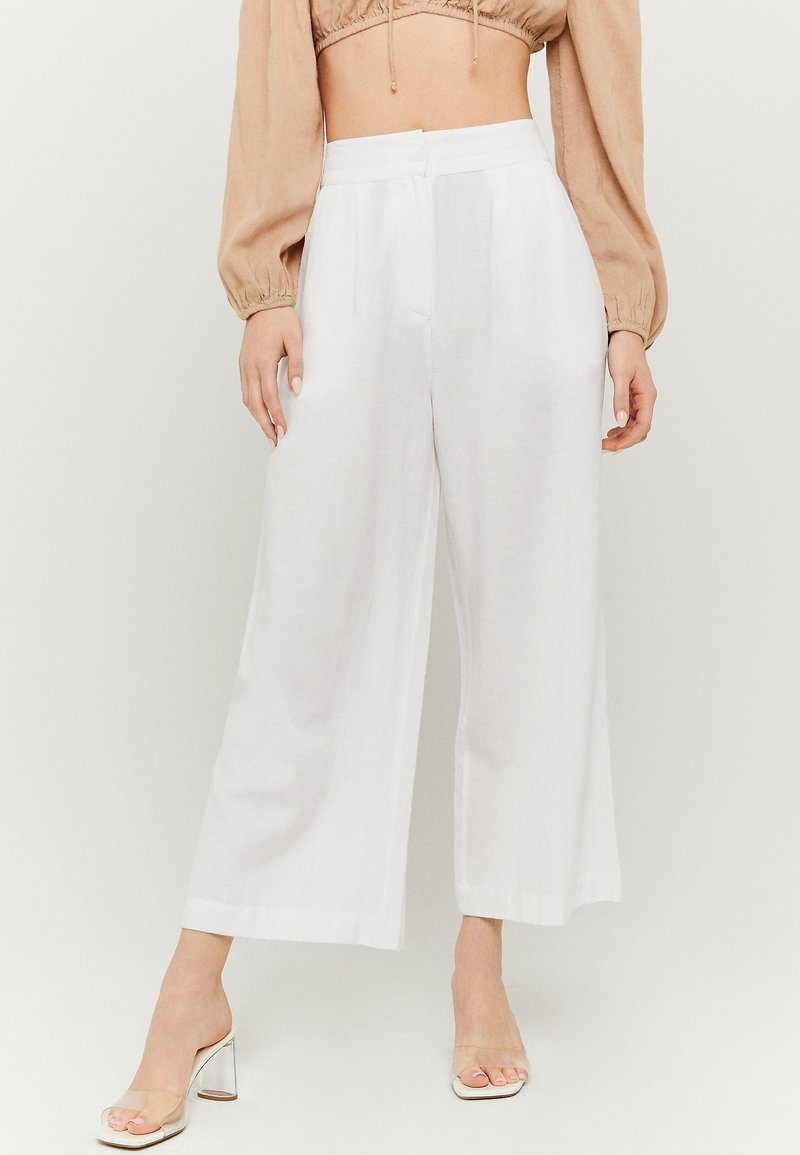 TALLY WEiJL - Trousers - white