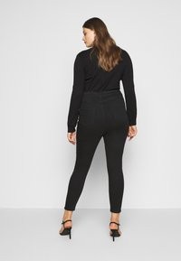 New Look Curves - Jeans Skinny Fit - black - 2