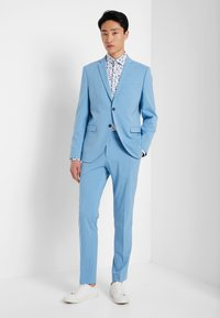 Selected Homme - SLHSLIMNEW MARK - Formal shirt - white/big blue - 1