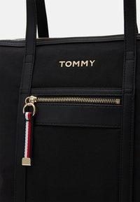 Tommy Hilfiger - TOTE - Bolso shopping - black - 5