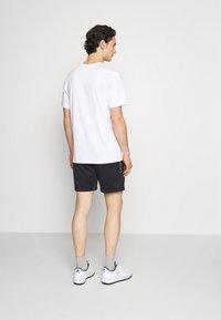 Nike Sportswear - TRIBUTE - Shorts - black/white - 2