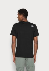 The North Face - FINE TEE - T-shirt med print - black - 2