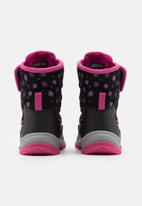 Geox - FLANFIL GIRL WPF - Baby shoes - black - 2