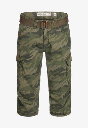 MIT GÜRTEL NICOLAS - Shorts - mottled dark green