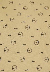 Nike Sportswear - TEE - Print T-shirt - parachute beige - 6