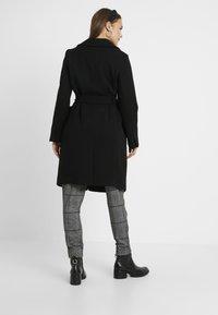 Dorothy Perkins Maternity - PATCH POCKET WRAP BELTED - Veste d'hiver - black - 2