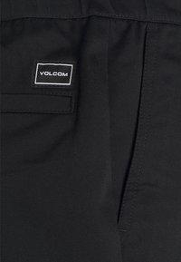 Volcom - FRICKIN SKATE EW SHORT 18 - Shorts - black - 5