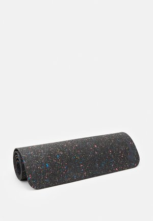 MOVE YOGA MAT 4 MM - Fitness/jóga - black
