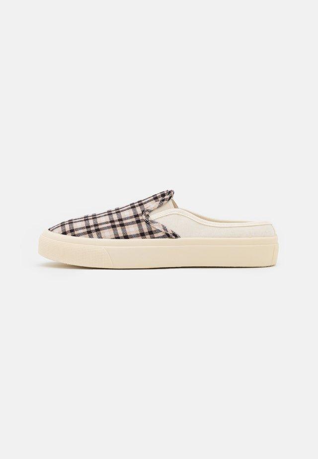 VEGAN MILLER - Sneakers laag - black/ecru/multicolor