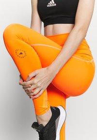 adidas by Stella McCartney - TRUEPURPOSE TIGHTS - Medias - signal orange - 3