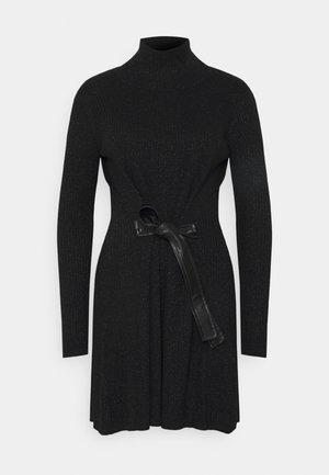 ABITO DRESS - Strikket kjole - nero