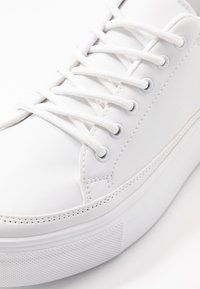 Nly by Nelly - PERFECT PLATFORM - Trainers - white - 2