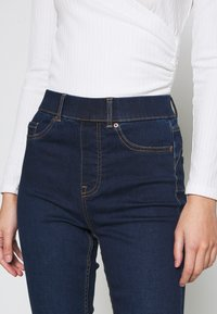 New Look - LIFT AND SHAPE - Jeggings - blue - 4