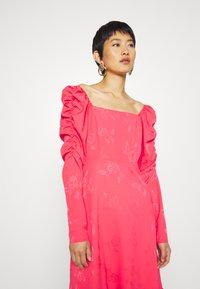 Cras - LISECRAS DRESS - Sukienka letnia - paradise pink - 3