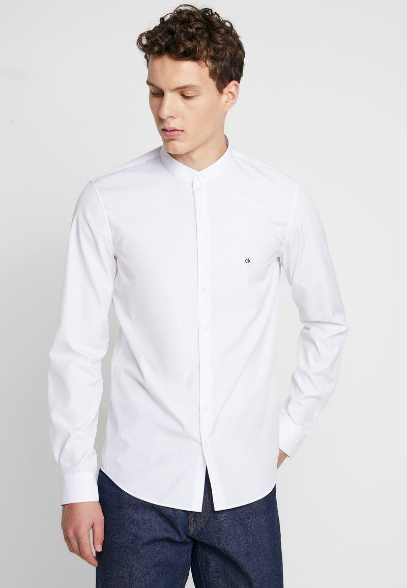 Calvin Klein Tailored - EASY IRON SLIM - Košile - white
