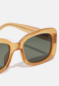 A.Kjærbede - SALO - Solglasögon - light brown transparent - 3