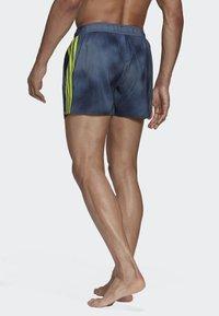 adidas Performance - 3-STRIPES FADE CLX SWIM SHORTS - Uimahousut - blue - 1