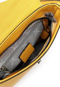 Tamaris - ALESSIA - Across body bag - yellow - 4