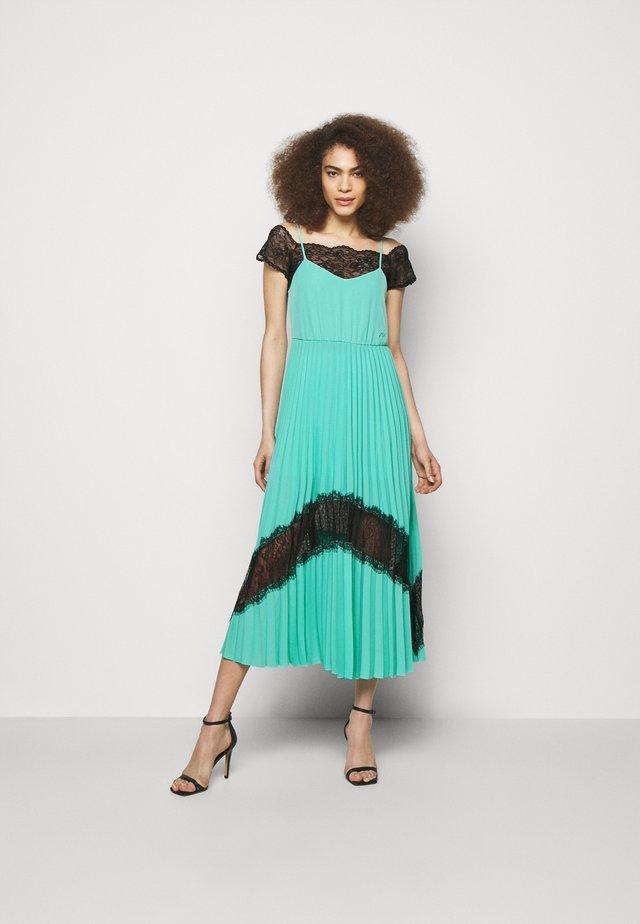 2 in 1 PLEATED DRESS - Długa sukienka - aqua marine