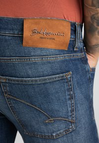 Baldessarini - Slim fit jeans - blue used buffies - 3