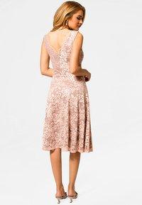 HotSquash - FLORAL  - Cocktail dress / Party dress - light pink - 2