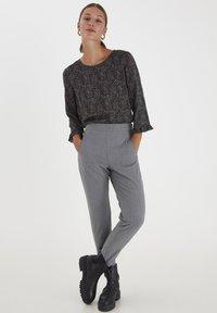PULZ - PXVICTORIA SPECIAL FAIR OFFER - Trousers - medium grey melange - 1