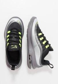 Nike Sportswear - AIR MAX AXIS - Sneakers basse - black/volt/gunsmoke - 0