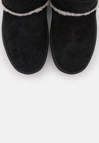 CHIARA FERRAGNI - BOOT - Classic ankle boots - black - 6