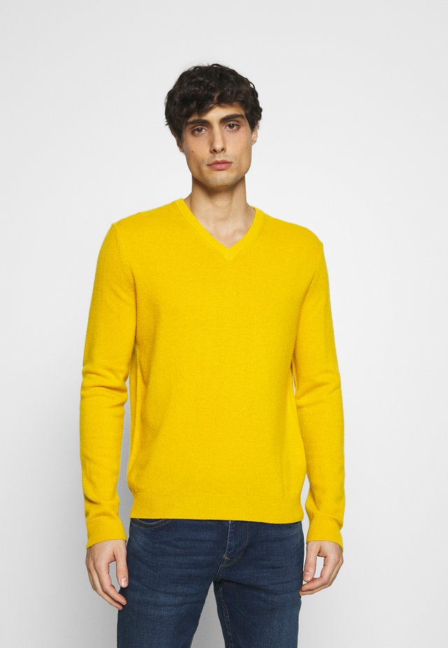 BASIC V NECK - Pullover - ocra