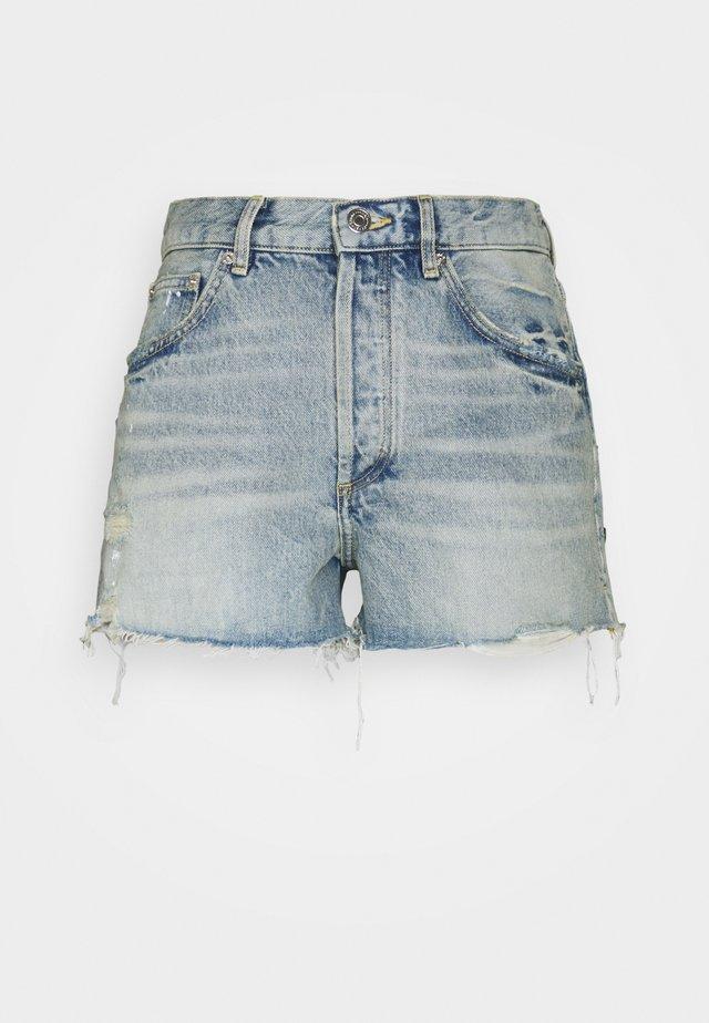 INSTINCT - Jeans Shorts - bleu clair