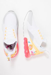 Nike Sportswear - AIR MAX 270 - Tenisky - white/summit white/metallic silver/laser orange/hyper pink - 3