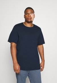 Levi's® Plus - BIG TEE 2 PACK  - T-shirts basic - white/dress blues - 2