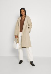 Vero Moda - VMFORTUNE LONG JACKET - Klasyczny płaszcz - safari - 1