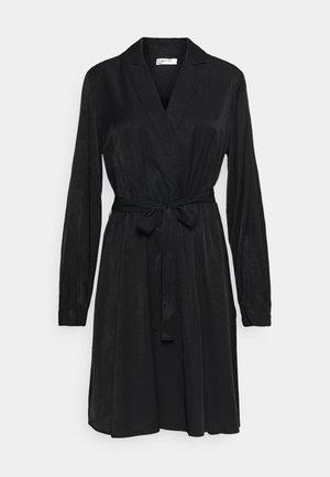 NILLE DRESS - Denní šaty - black
