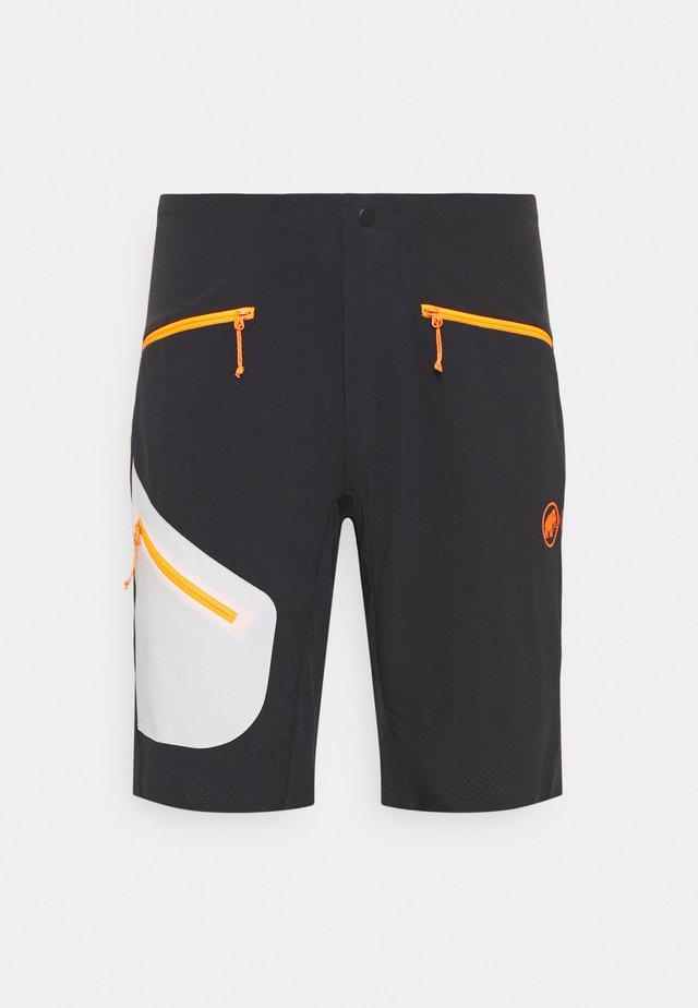 SERTIG SHORTS MEN - Short de sport - black/white/vibrant orange