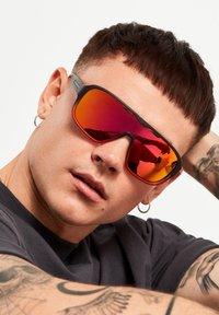 Hawkers - INFINITE - Sunglasses - black - 1
