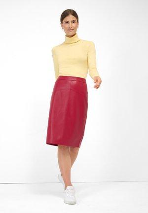 Pencil skirt - biking red