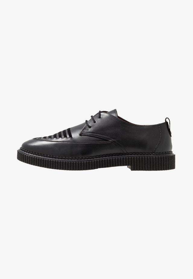COOPER DERBY - Veterschoenen - black