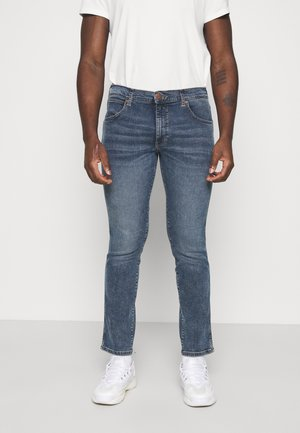 LARSTON - Jeansy Slim Fit - sling shot
