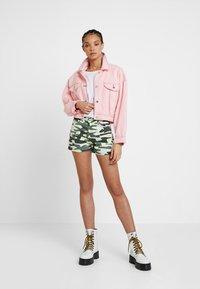 TWINTIP - Denim shorts - green - 1