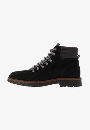 BIACARRICK BOOT - Šněrovací kotníkové boty - black