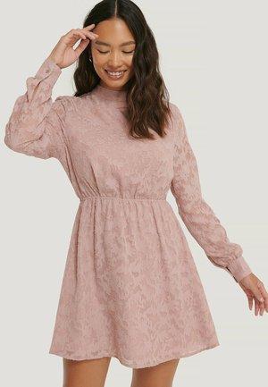 JACQUARD - Day dress - dusty pink