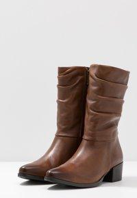 Marco Tozzi - Boots - cognac antic - 4